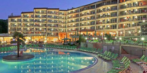Copy-of-Hotel_Madara_006_night--715x600