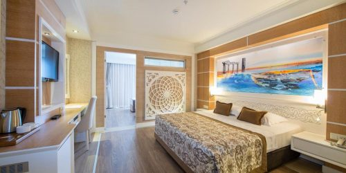 Crystal Sunset Luxury Resort & Spa travel collection agency vacante turcia