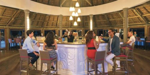 Hotel Riu Creole -MAURITIUS TRAVEL COLLECTION AGENCY