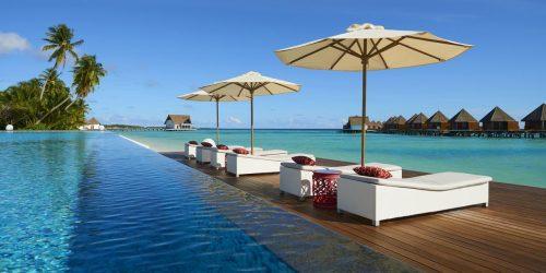 Mercure Maldives Kooddoo Resort travel collection oferta