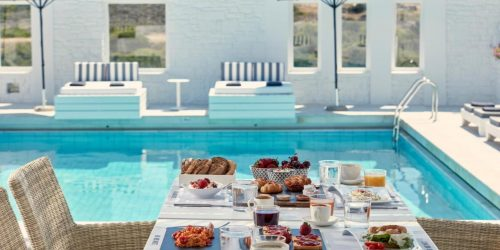 Mr. and Mrs. White Paros travel collection vacante exotice