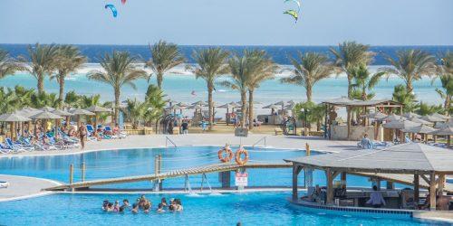 Royal Tulip Beach Resort Egipt Marsa Alam oferta travel collection