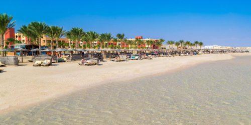 Royal Tulip Beach Resort Egipt Marsa Alam travel collection