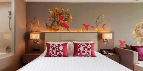 conditii calatorie phuket sandbox hotel grand mercure