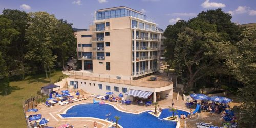 holiday park nisipuri travel collection
