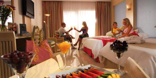 hotel Tropitel Naama Bay oferta sharm el sheik revelion travel collection agency