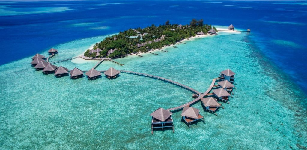 travel collection in maldive